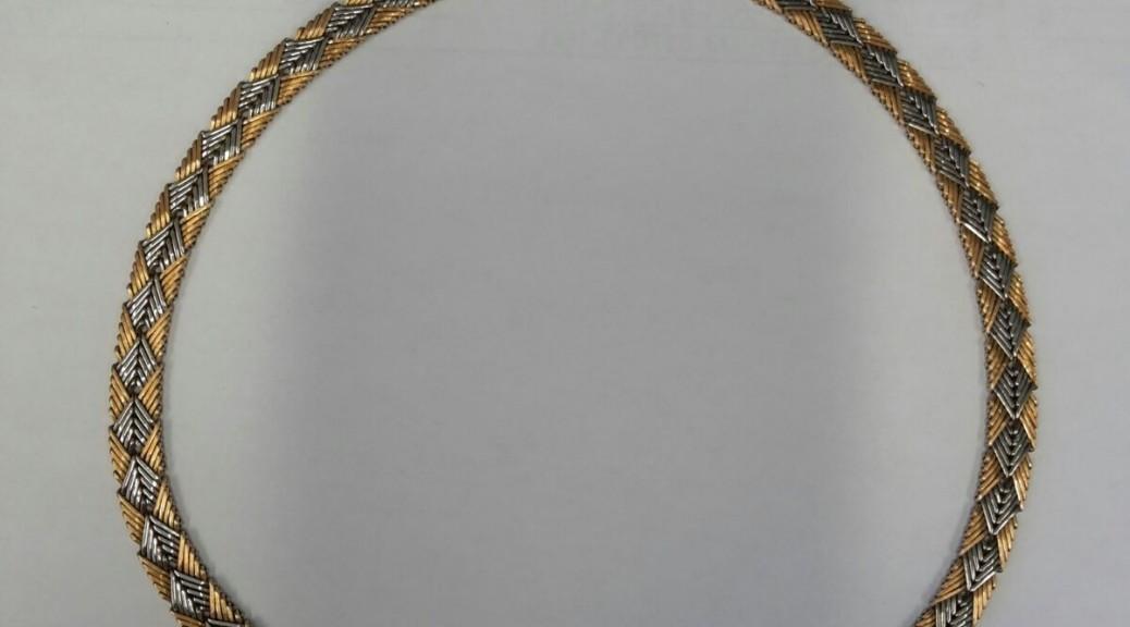 Goldenes Collier zweifarbig