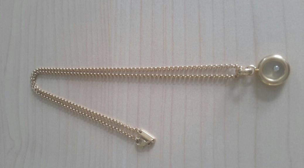 Goldene Halskette (Chopard)