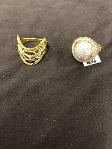 Zwei goldene Ringe