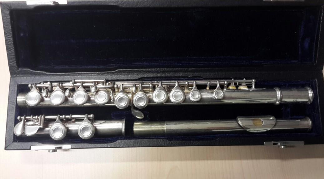 Querflöte  Viento  FL-100 im schw. Formkoffer